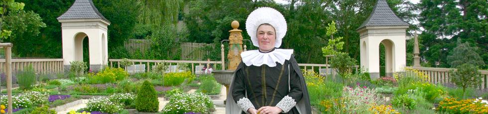 Herzogin Sibylla l�dt zur F�hrung durch ihren Pomeranzengarten (Foto: Karin Mueller)